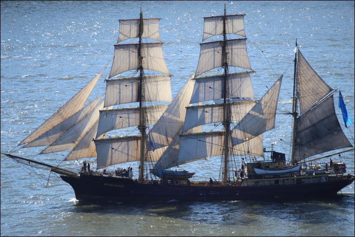 Le Picton Castle est un trois-mâts barque