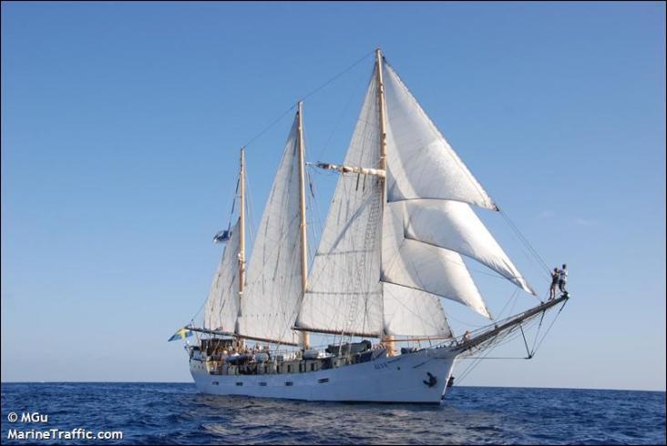 L'Älva est un schooner bermudien à coque acier