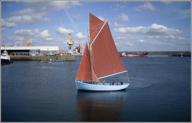Le Saint Guénolé est l'un des derniers sloops coquilliers