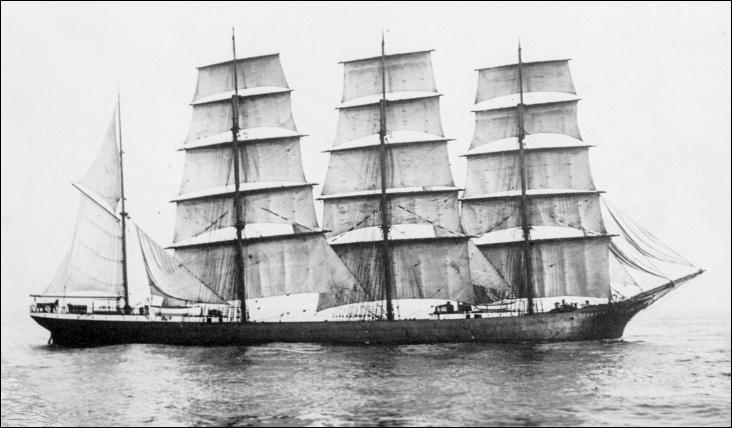 Le Pommern est un long-courrier quatre-mâts barque