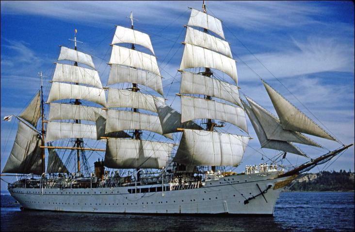 Le Nippon Maru est un quatre-mâts barque