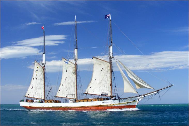 L'Alma Doepel est un trois-mâts goélette australien