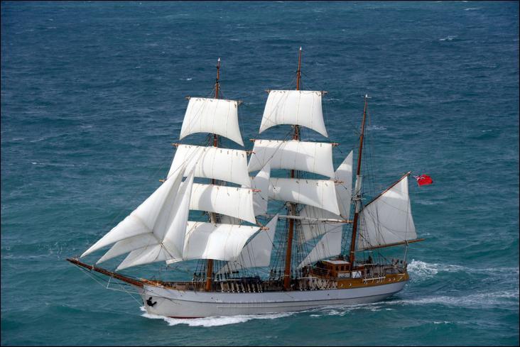 Le Kaskelot est un trois-mâts barque à coque bois