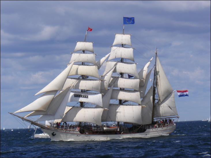 L'Europa est un trois-mâts barque hollandais