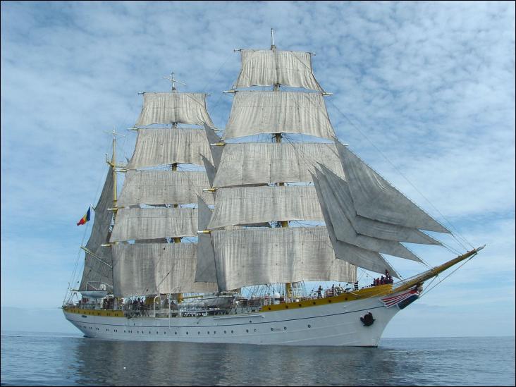 Le Mircea est un ancien trois-mâts barque