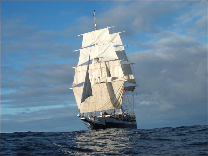Le Lord Nelson est un trois-mâts barque